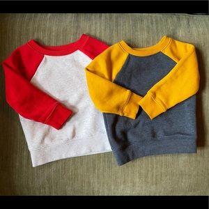 2 crew neck sweatshirts